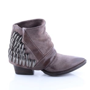 ROCK POINTED TOE BOOT WITH METAL DETAIL - SAMPLE SALE SIZE 37 - FINAL SALE