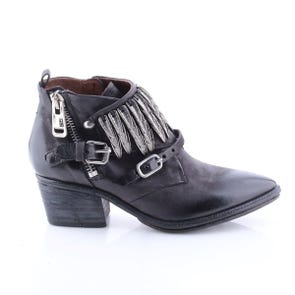 BLACK POINTED TOE BOOTIE WITH METAL DETAIL - SAMPLE SALE SIZE 37 - FINAL SALE